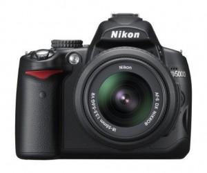 Nikon D5000 12.3 MP DX Digital SLR